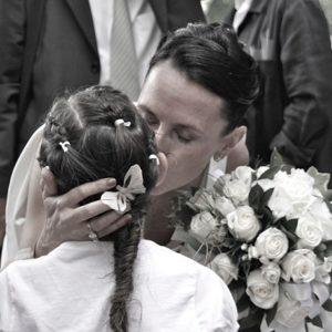 photographie mariage marseille mariee enfant amour
